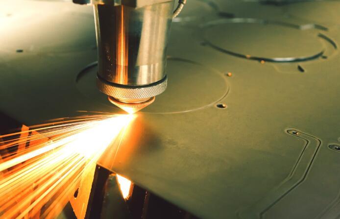 冬季低温使用激光切割机的注意事项