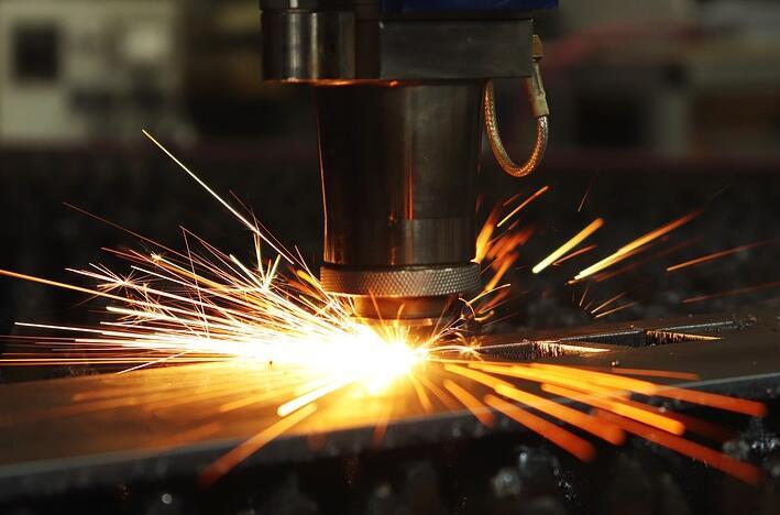 激光切割机可以加工生锈的材料吗?有什么注意事项?